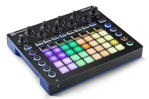 Грувбокс Novation Circuit  | MySound.com.ua
